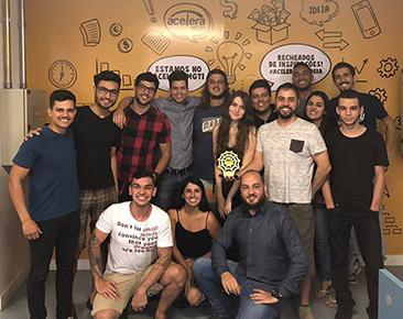 Prêmio de STARTUP DO ANO pela Associação Brasileira de Comércio Eletrônico