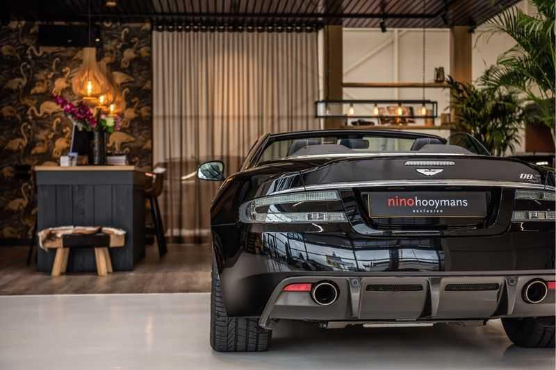 Aston Martin DBS Volante 6.0 V12 Black Carbon Edition afbeelding 4