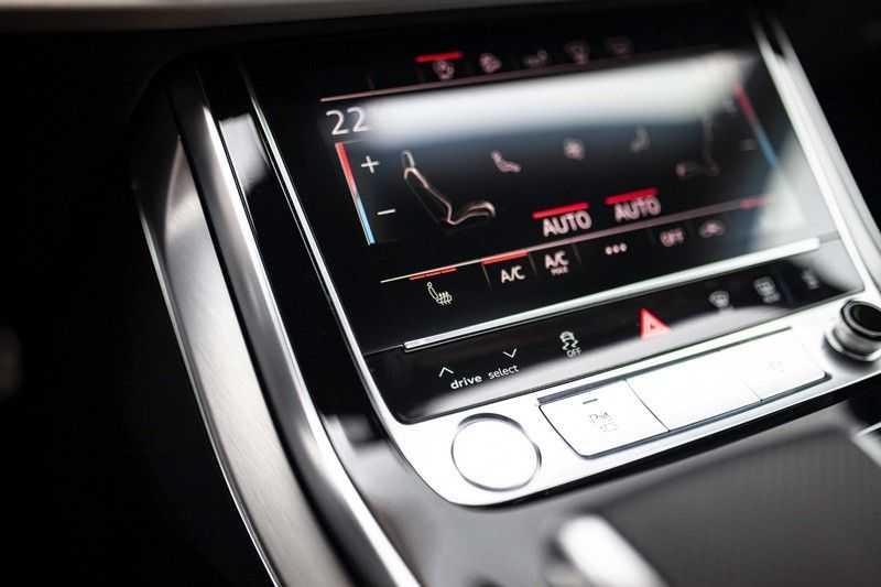 """Audi Q8 50 TDI Quattro *S-line / 23"""" / Panorama / Matrix-LED / Standkachel* afbeelding 21"""