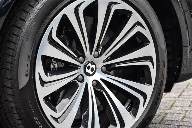Bentley Bentayga V8 FIRST EDITION BLACKLINE+CERAMIC BRAKES NP.338K afbeelding 14
