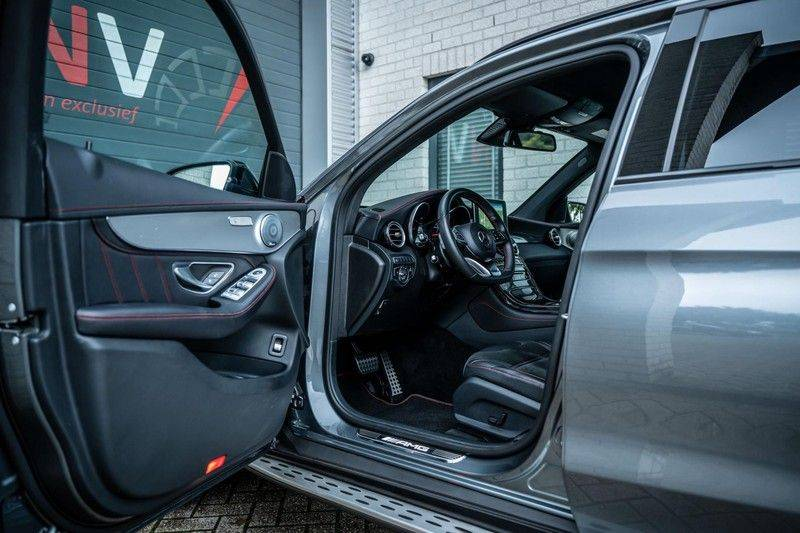 Mercedes-Benz GLC 43 AMG 4MATIC, 367 PK, 63 AMG Look, Panoramica, Airmatic, Trekhaak, Camera, LED, Comand Online, 87DKM! afbeelding 4