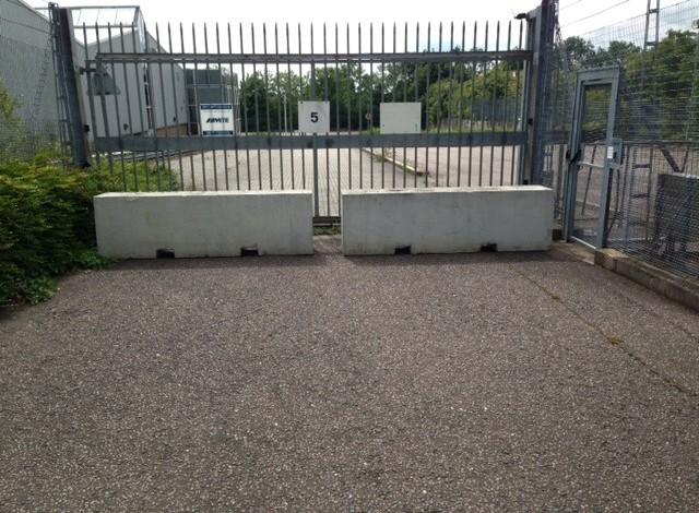 2.5m Concrete Barrier blocks