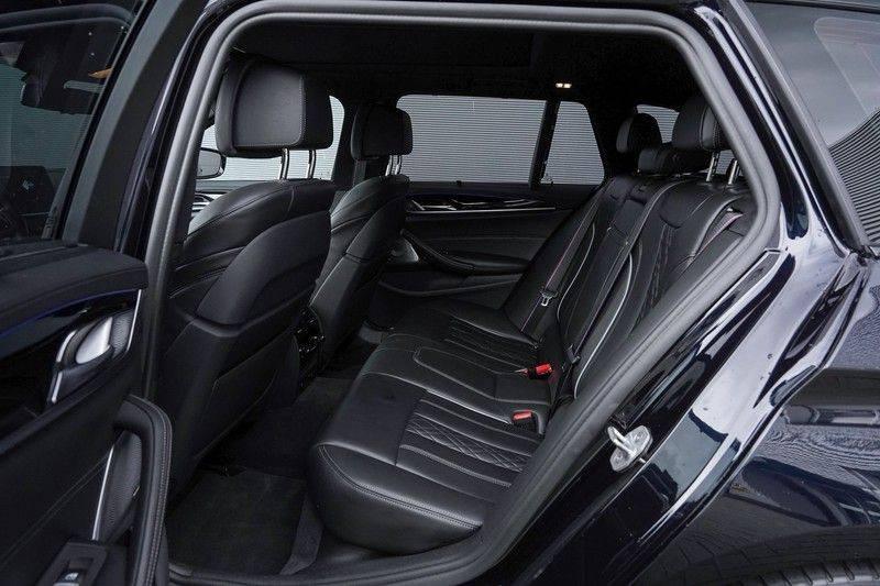 """BMW 5 Serie M550d X-Drive M-Pakket Shadow B&W Camera 360° Massage 20"""" afbeelding 4"""