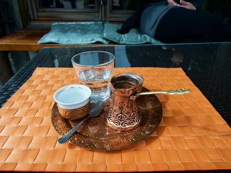 A typical way to serve coffee