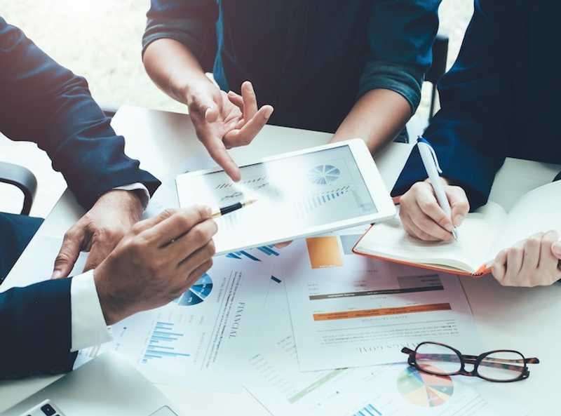 Accruent - Resources - Webinars - Enabling Financial Success in Equipment & Asset Management - Hero