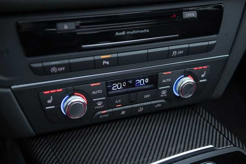 Audi RS6 Performance Pro Line Plus 4.0 TFSI quattro 605PK BTW + Keramisch + Carbon + Nardo Grey + Panoramadak + 4 nieuwe banden afbeelding 21