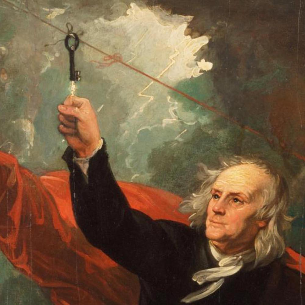 Франклин ставит опыты смолнией вовремя грозы. Источник: fi.edu/benjamin-franklin/kite-key-experiment