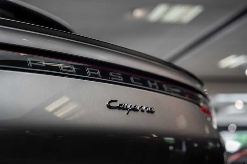 Porsche Cayenne Coupé Hybrid Sport Design Hoogglans 22' Adaptieve Sport Stoelen ACC Surround 3.0 E-Hybrid afbeelding 5