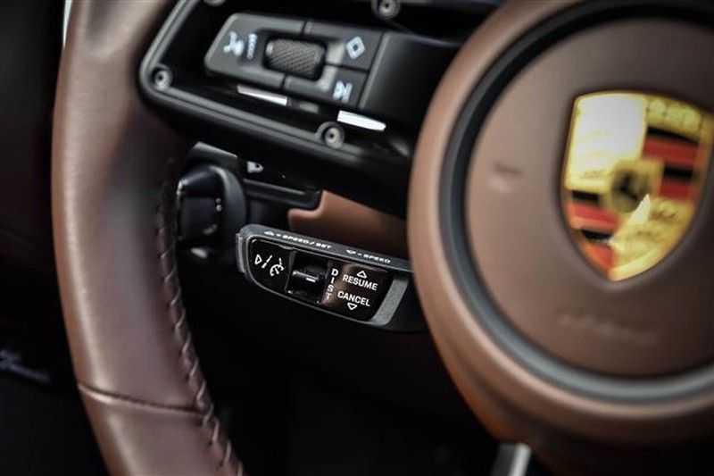 Porsche 911 TURBO S BURMESTER+LIFT+ACC+GLASDAK NP.305K afbeelding 4