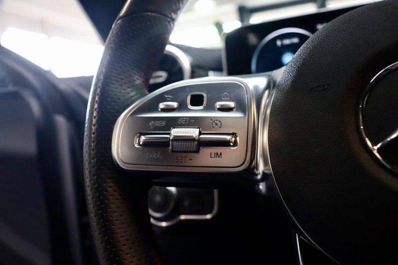 Mercedes-Benz CLA-Klasse 220 Premium Plus AMG|NIGHT|PANO|TREKHK Mercedes-Benz CLA-klasse 220 Premium Plus afbeelding 23