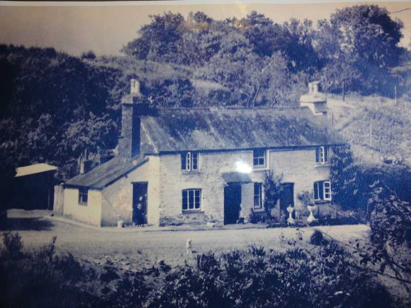 Do you recognise these cottages?