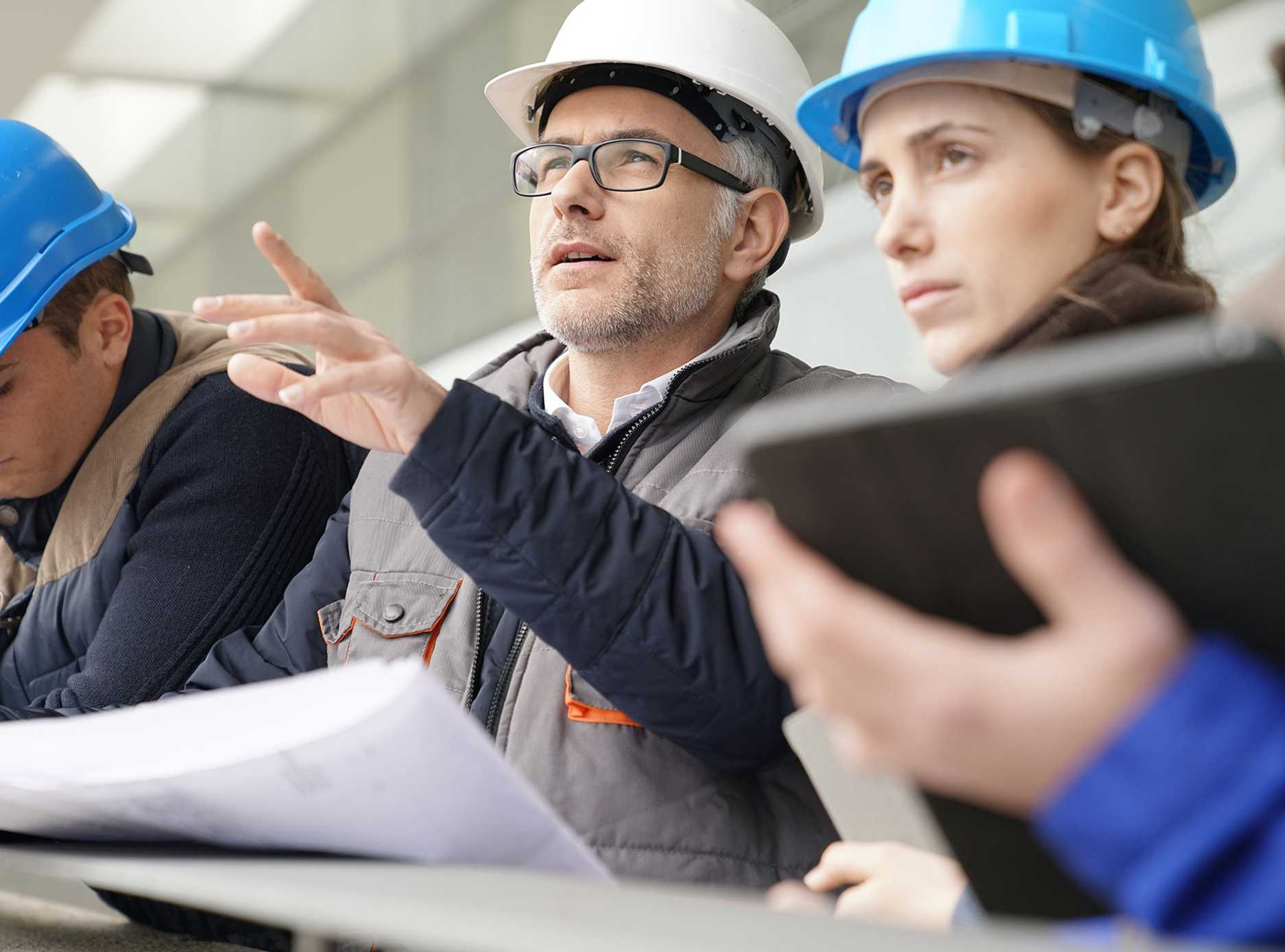 Accruent - Products - Construction Project Management Software   Lx Projects - Hero