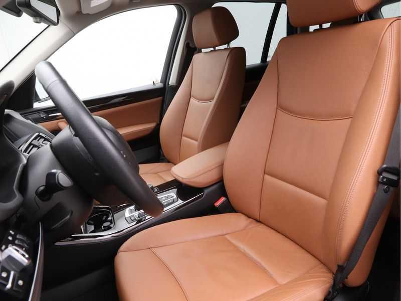 BMW X3 xDrive20i Exe X-Line Aut. afbeelding 10