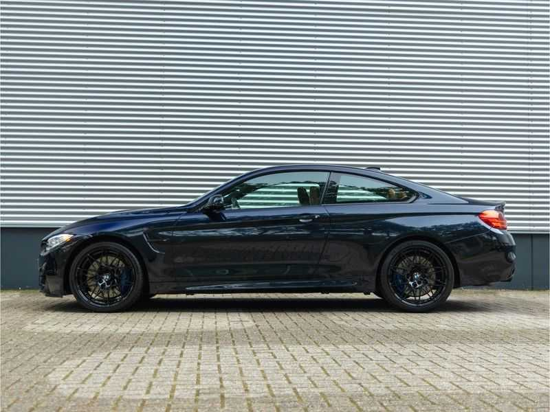 BMW 4 Serie Coupé M4 Competition - Individual afbeelding 9