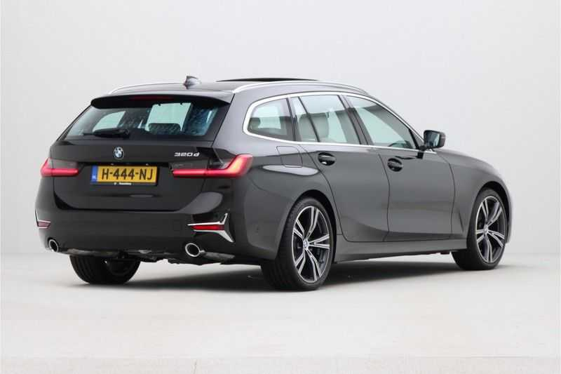 BMW 3 Serie Touring 320d High Executive Luxury Line Automaat Euro 6 afbeelding 2