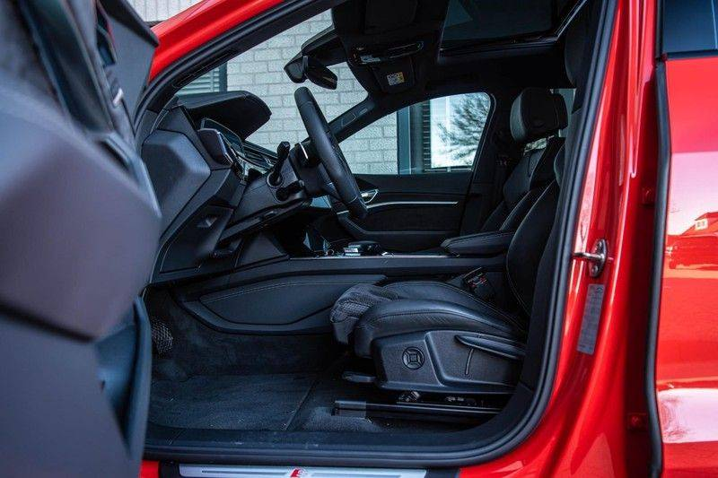 Audi e-tron 55 Quattro Advanced Exterieur, 408 PK, 4% bijtelling, Head/Up display, Pano/Dak, Night/Vision, S-line interieur, 15DKM afbeelding 5
