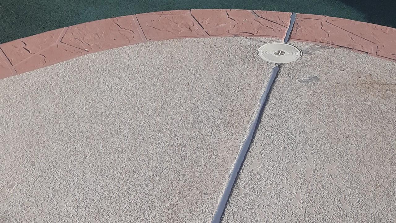concrete-pool-deck-restoration-2--fixing-05