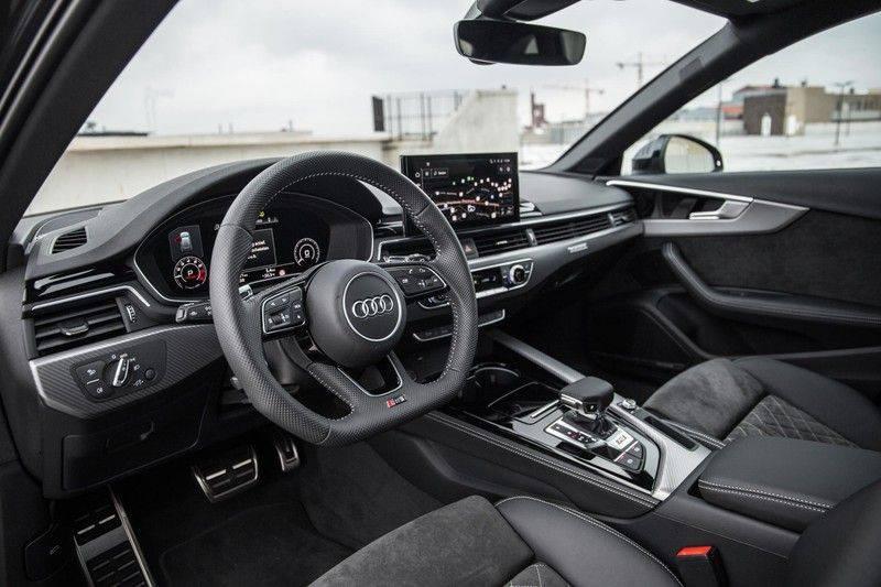 Audi RS4 Avant 2.9 TFSI 450 pk RS 4 quattro   Panoramadak   Assistentiepakket Tour/City   Matrix LED   Bang & Olufsen 3D Sound afbeelding 5