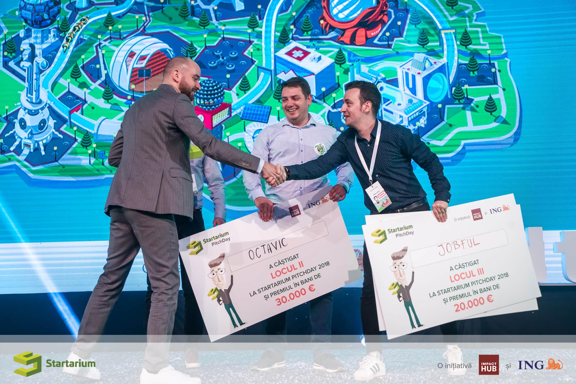 Premiul 1 - iTux | Premiul 2 - Octavic | Premiul 3 - Jobful | Premiul de popularitate - Jobful