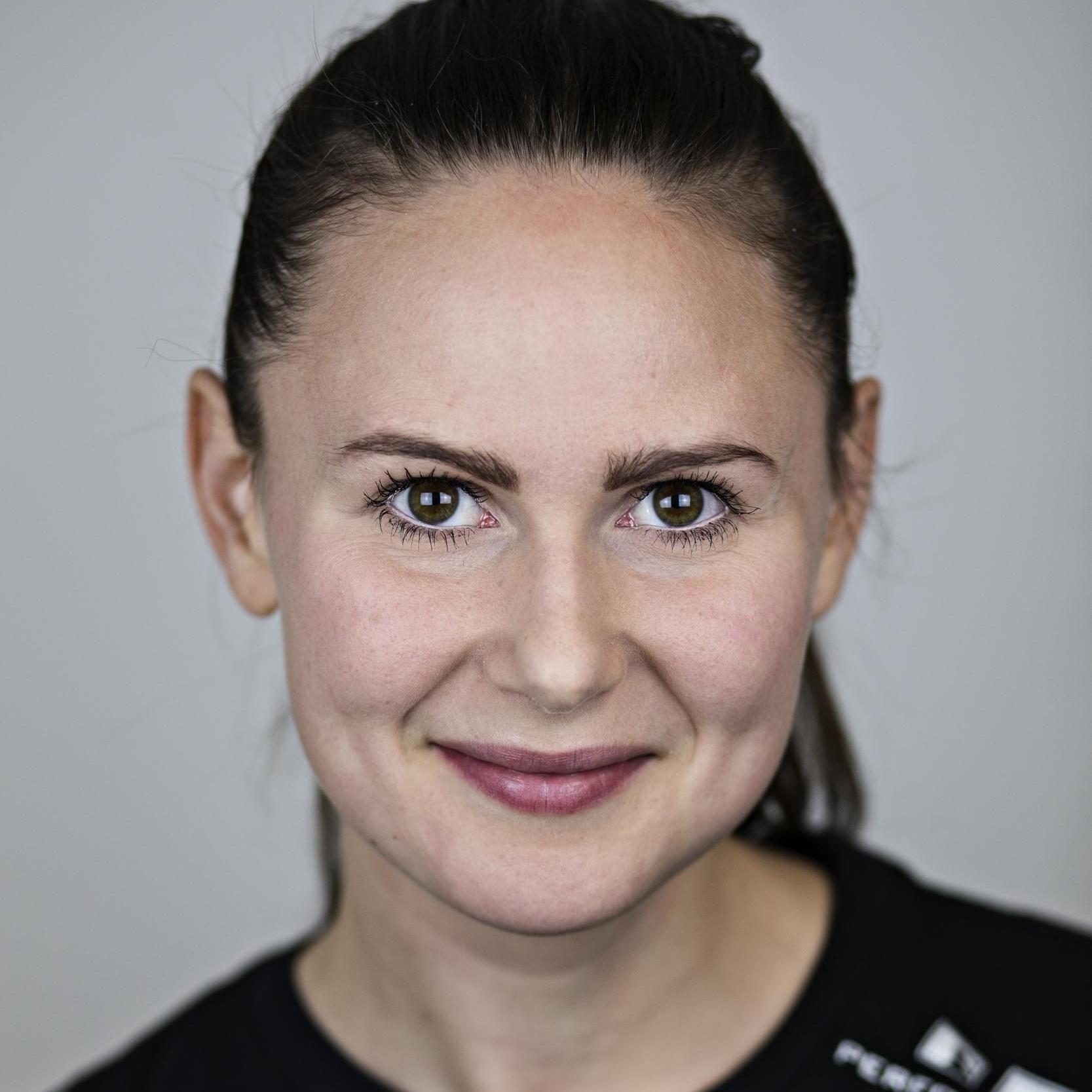 Birgitte Larsen - Ejer og seniortræner