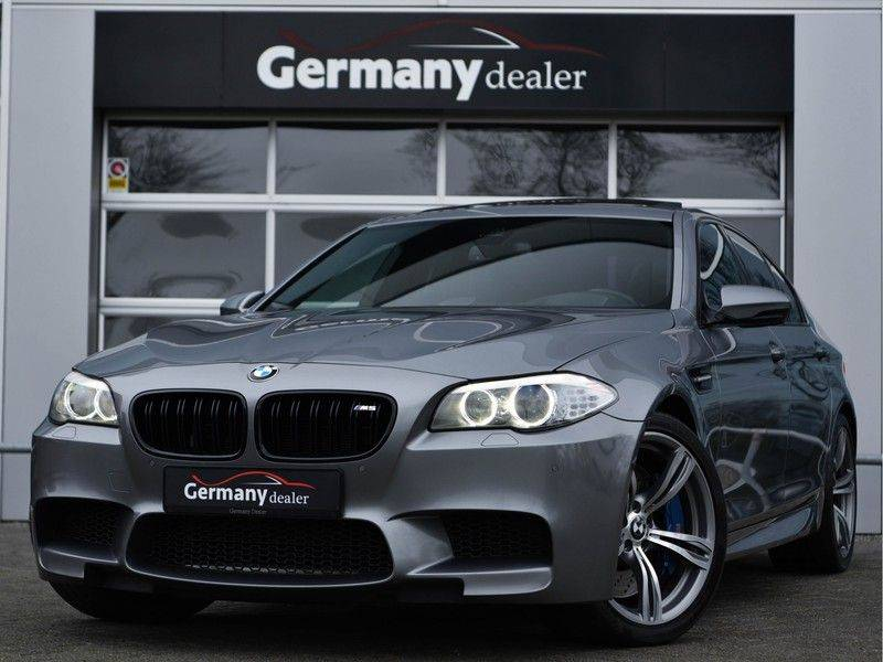 BMW 5 Serie M5 560pk DKG Pano B&O HUD Leder-dash Soft-Close Alcant.Hemel afbeelding 1