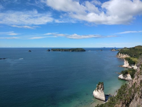 Cathedral Cove walk lookout