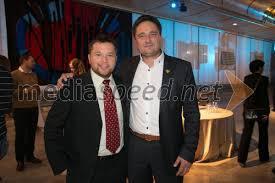 Prijateljski in poslovni objem: bivši župan in  poslovnež Sandi Dornik, tudi direktor NK Triglav...ljubljanski poslovnež Sandi (fotoMediaspeed)