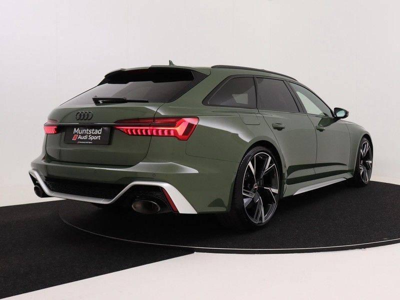 Audi A6 Avant RS 6 TFSI 600 pk quattro | 25 jaar RS Package | Dynamic + pakket | Keramische Remschijven | Audi Exclusive Lak | Carbon | Pano.dak | Assistentie pakket Tour & City | 360 Camera | afbeelding 6