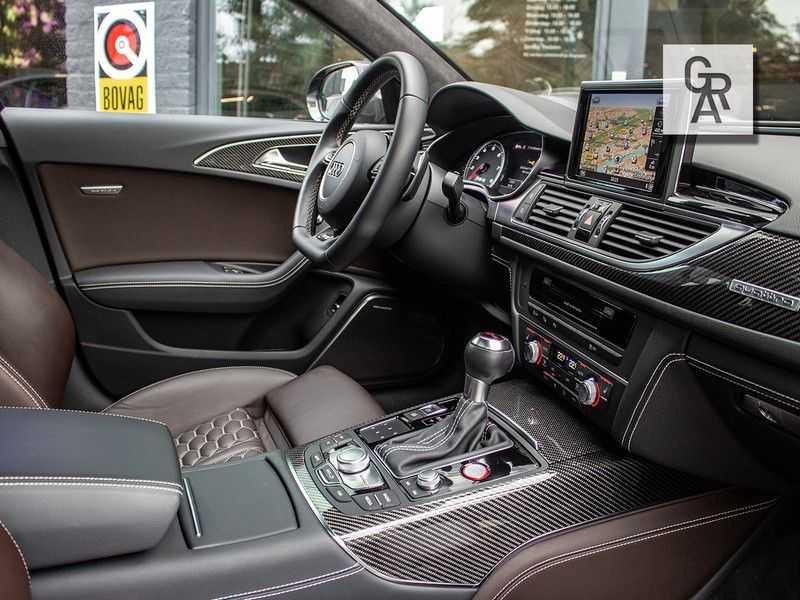 Audi RS6 Avant 4.0 TFSI RS6 PERFORMANCE | KERAMISCH | CARBON | EXCLUSIVE | MILLTEK afbeelding 6