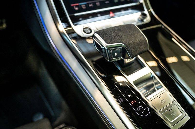 Audi Q8 60 TFSI e quattro Competition | Audi Exclusive | Massage | Head up | Leder Valcano | Tour | City | 360 | Nachtzicht | Pano| Soft afbeelding 18