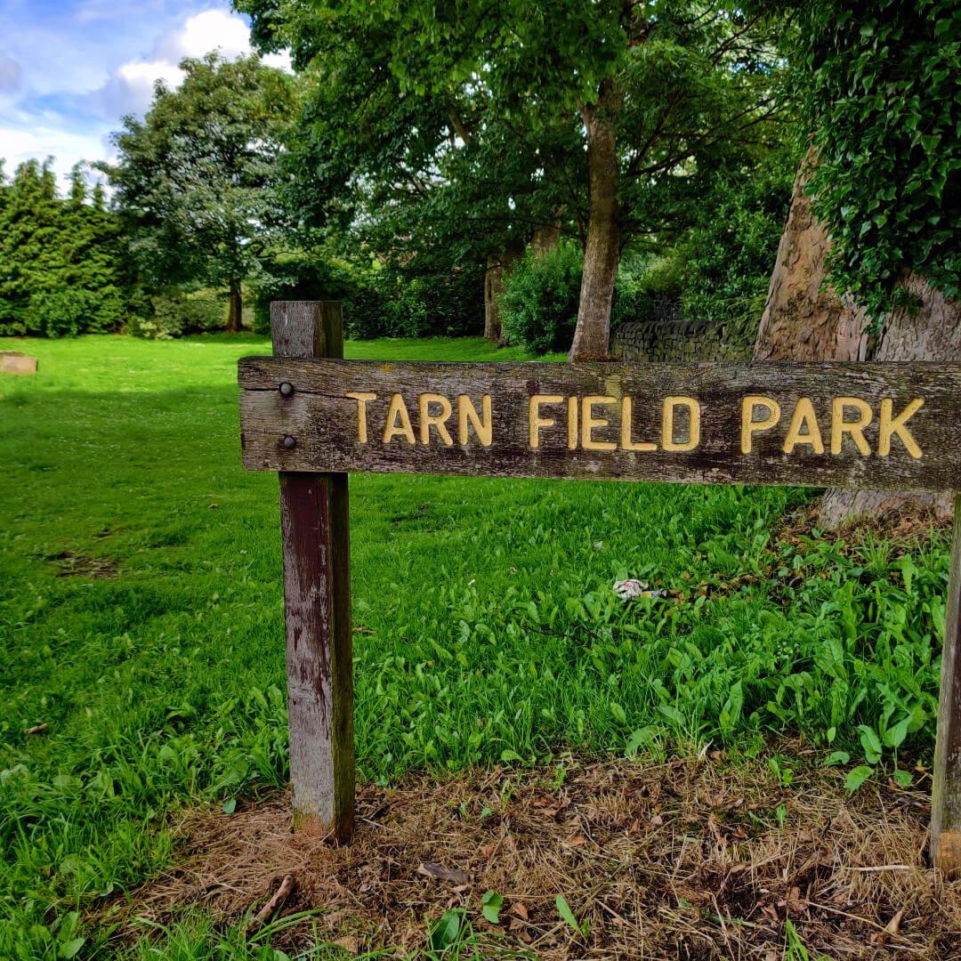 Yeadon Tarnfield Park Sign