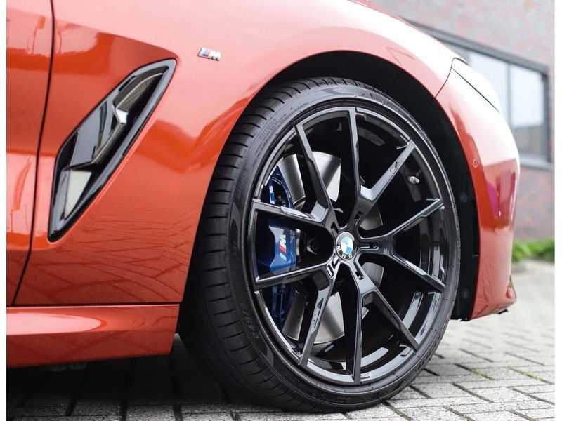 BMW 8 Serie M850i xDrive *Carbon*Soft-Close*Head-Up* afbeelding 15