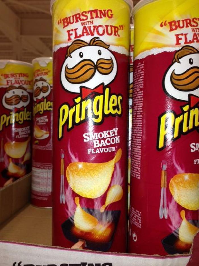 Pringles Smokey Bacon Crisps