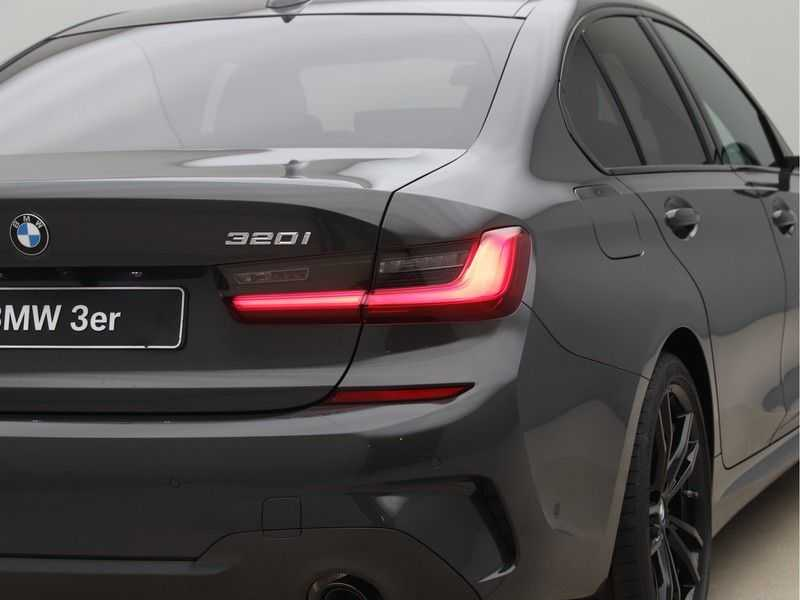 BMW 3 Serie 320i High Exe M-Sport Aut. afbeelding 19