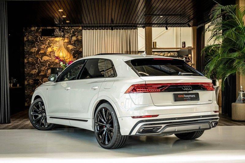 Audi Q8 60 TFSI e quattro Competition | Audi Exclusive | Massage | Head up | Leder Valcano | Tour | City | 360 | Nachtzicht | Pano| Soft afbeelding 3