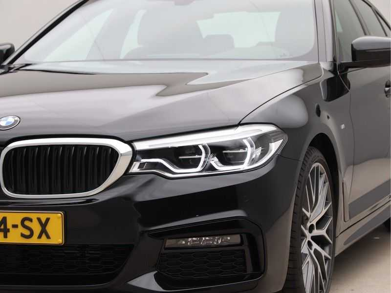 BMW 5 Serie 520i High Exe Aut. M-Sport afbeelding 20