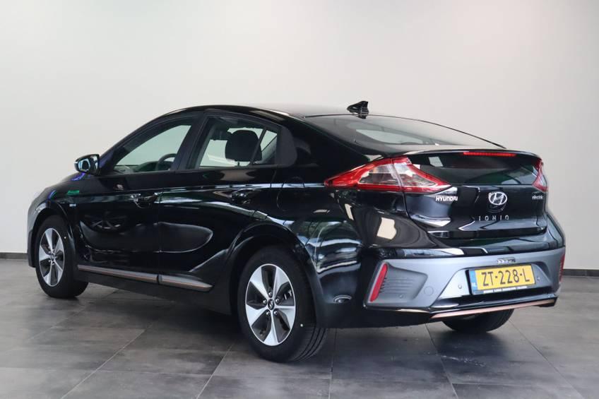 Hyundai IONIQ Comfort EV 4% Bijtelling NIEUW!! 21.116 ex. BTW Navigatie Adaptive-Cruise afbeelding 3