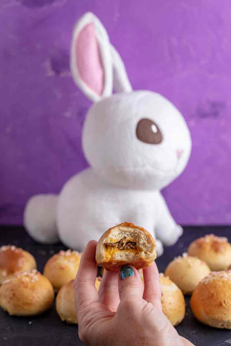 Vegan Stuffed Bunny Tail Pretzel Bites