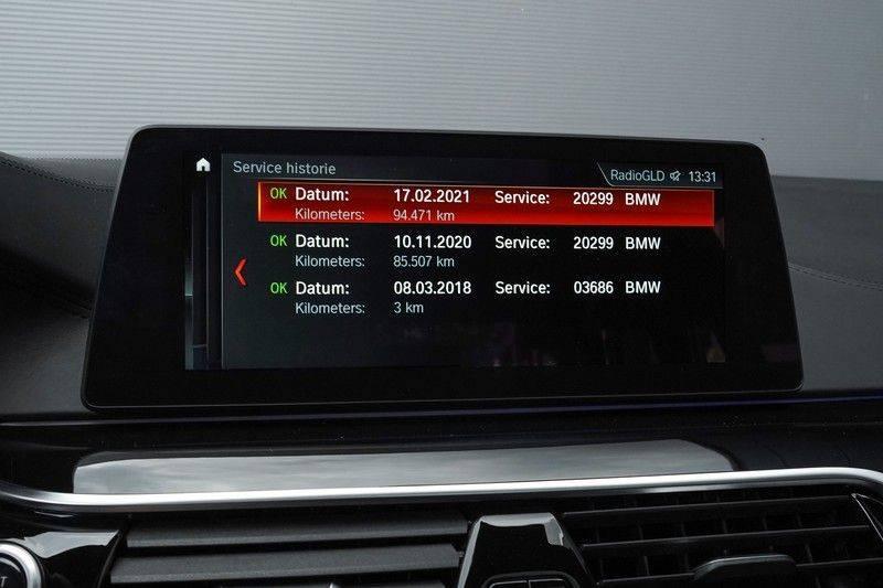 """BMW 5 Serie M550d X-Drive M-Pakket Shadow B&W Camera 360° Massage 20"""" afbeelding 23"""