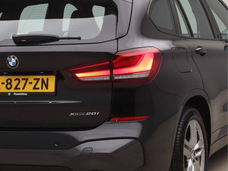 BMW X1 xDrive20i M Sport High Executive afbeelding 19