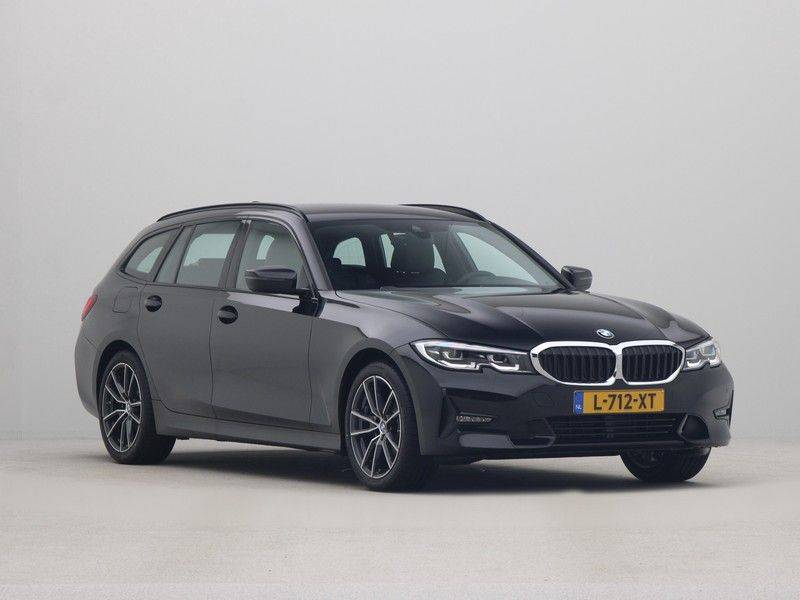 BMW 3 Serie Touring 318i Executive Sport Line Automaat afbeelding 7