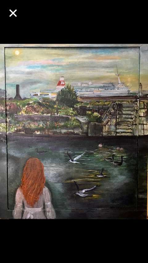 Artist Alice Lenkiewicz paints Waterloo dock
