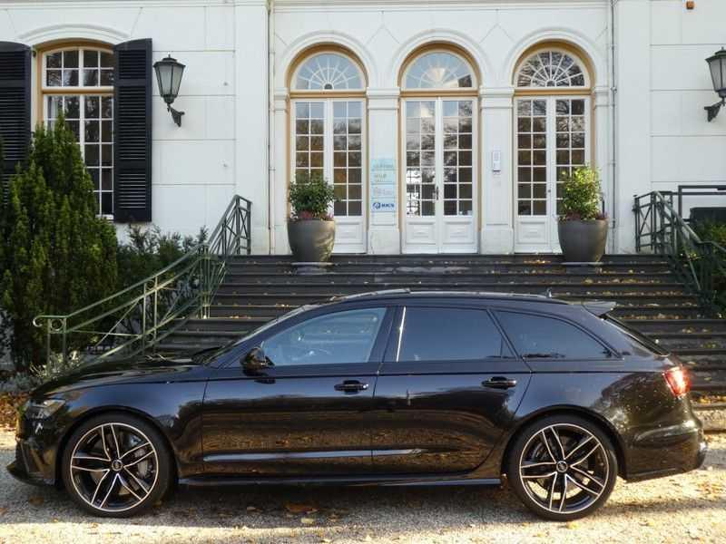 Audi RS6 Avant 4.0 TFSI Performance, Akrapovic afbeelding 10