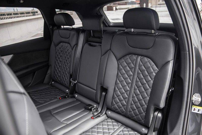 Audi SQ7 4.0 TFSI SQ7 quattro 7p 507PK | S-Line | Pano.Dak | 360 Camera | B&O Sound | Keyless-Entry | S-Sportstoelen | Assistentie Tour-City-Parking | 7 Persoons afbeelding 19