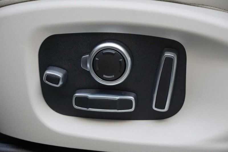 Jaguar I-PACE EV400 First Edition NIEUW uit voorraad leverbaar! / Direct rijden / Full options! afbeelding 25