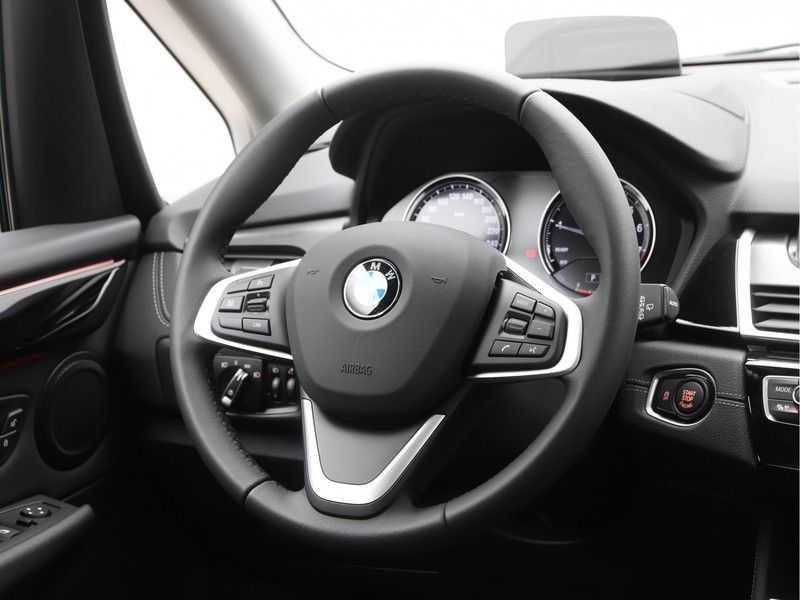 BMW 2 Serie Active Tourer 218i Exe Sportline Aut. afbeelding 11