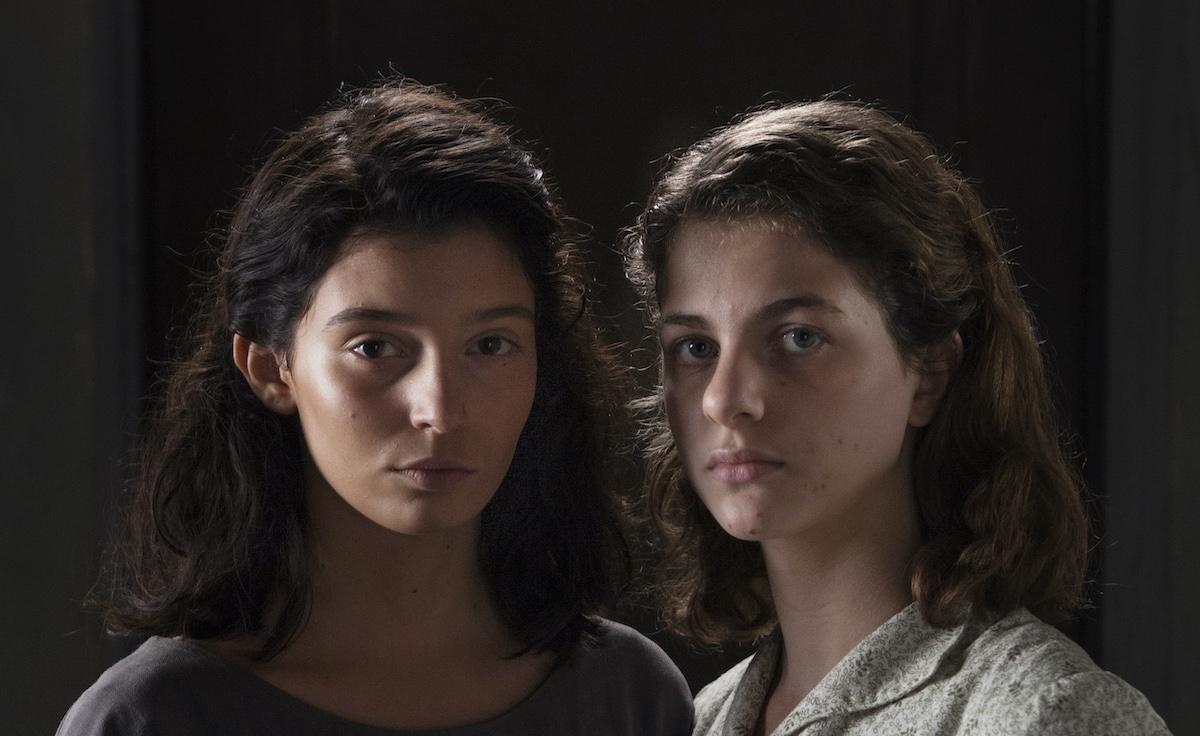 Лила и Лену во втором сезоне сериала «Моя гениальная подруга». Источник: HBO