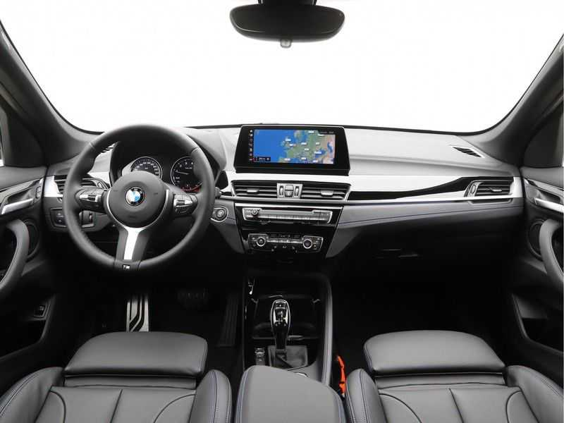 BMW X1 sDrive20i High Exe M-Sport Aut. afbeelding 14