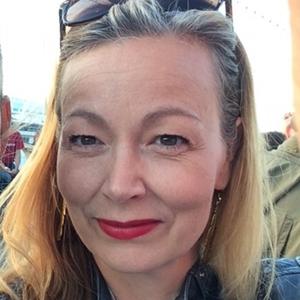 Portrait photo of Geneviève