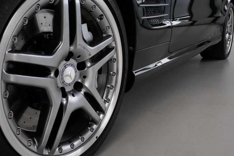 Mercedes-Benz SL-Klasse 65 AMG V12 afbeelding 20